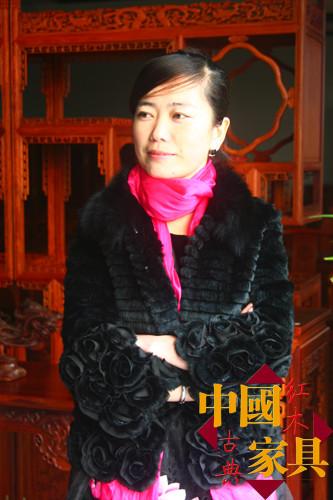 千亿国际 千亿国际娱乐qy996 千亿娱乐城游戏平台_刘萍 宏艺轩古典家具有限公司总经理