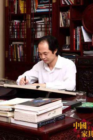 千亿国际|千亿国际娱乐qy996|千亿娱乐城游戏平台_吴腾飞 大清翰林古典艺术家具有限公司董事长、总设计师